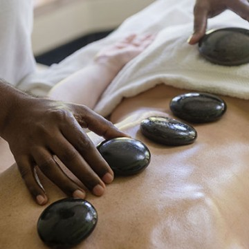 Elf Express: Hot Stones Massage