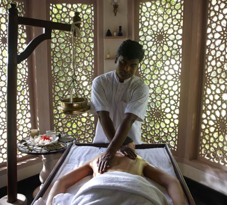 Abhyanga Massage at Body Holiday