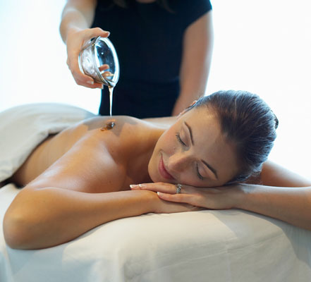 Ayurvedic Treatment Back and Shoulder Massage at The BodyHoliday