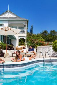 freefly pool at bodyholiday